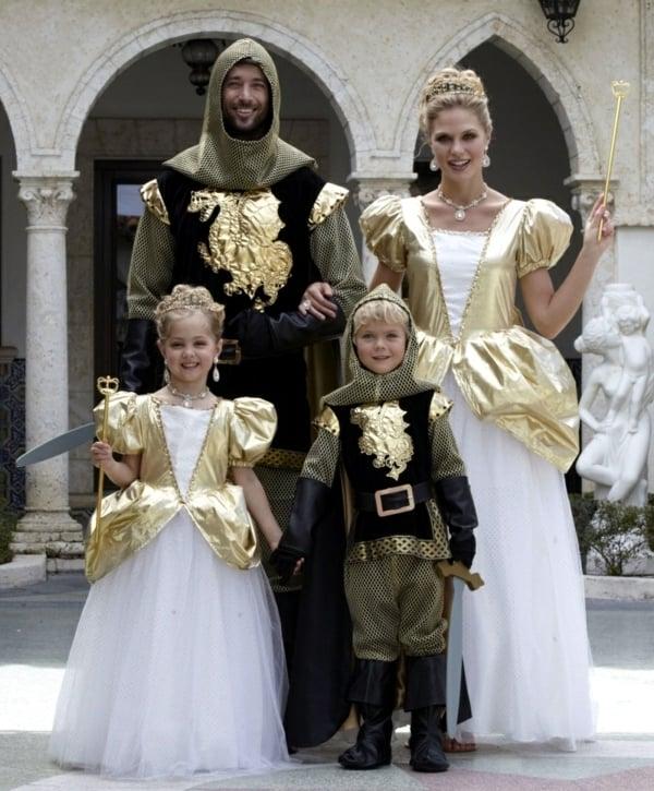 kostüme für vier personen gruppenkostüme könnigin könnig coole accessoires coole faschingskostüme