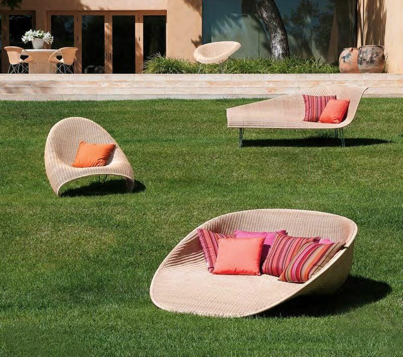 loungemöbel outdoor moderne sonnenliegen