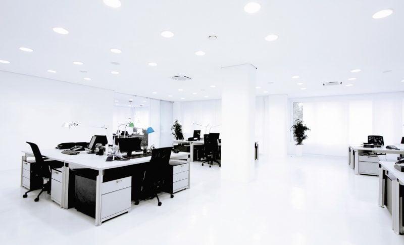 Luftbefeuchter im Arbeitsraum