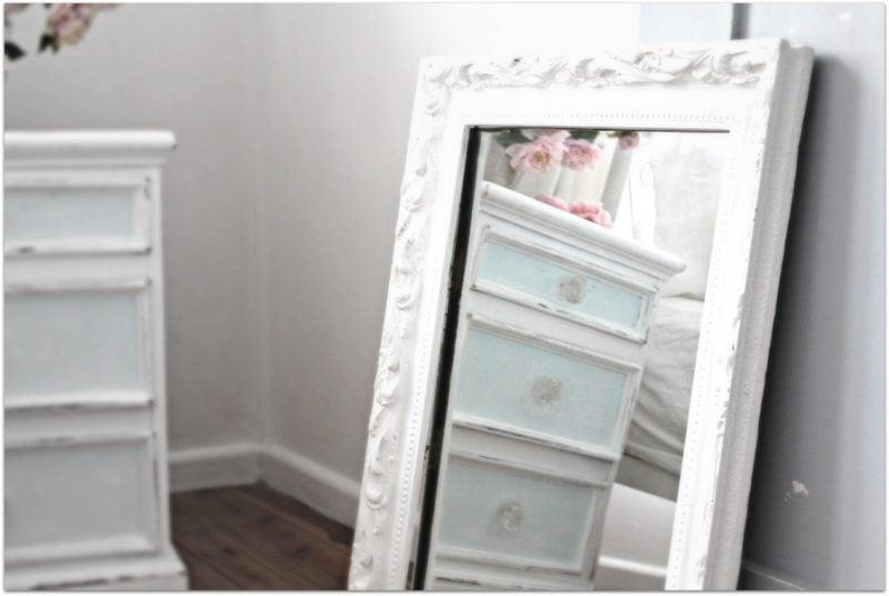 möbel landhausstil spiegel weiß schlafzimmer einrichten