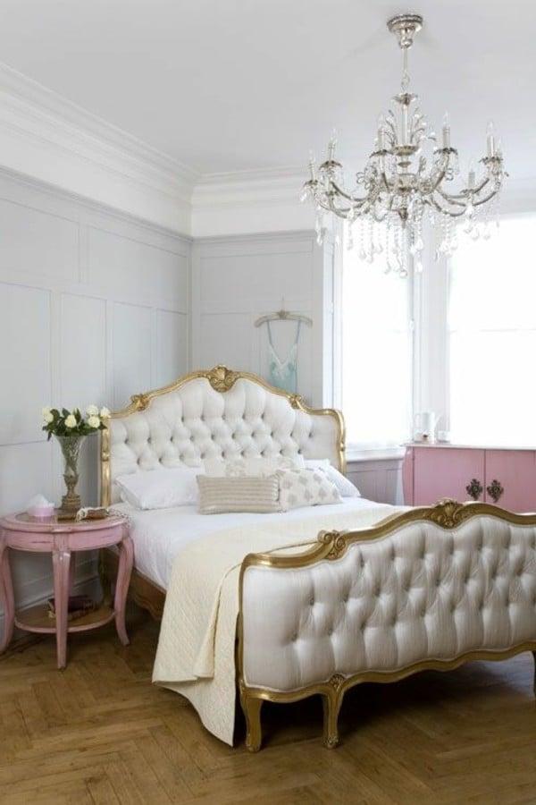 möbel landhausstil weiß holzbett antiquität design schlafzimmer einrichten