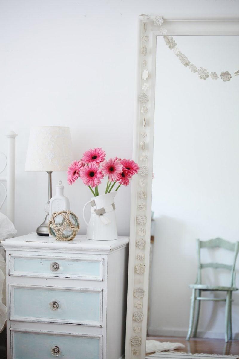 möbel landhausstil weiß nachttisch holz stuhl dkeoideen schlafzimmer einrichten design landhaus möbel