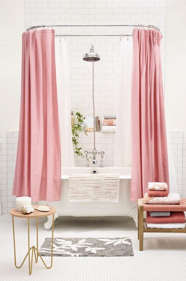 moderne badezimer ideen rosa vorhang badewanne schönes bad ideen