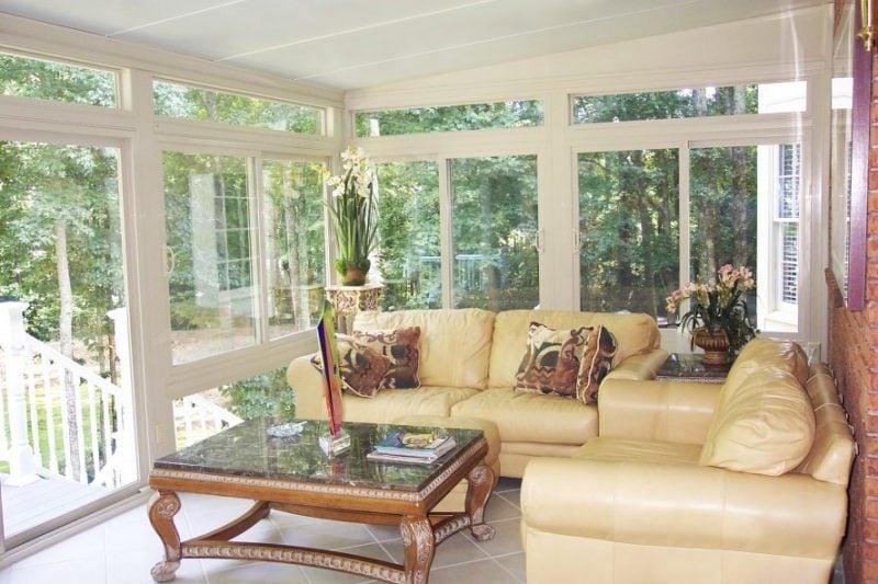moderne elegante bodentiefe Fenster