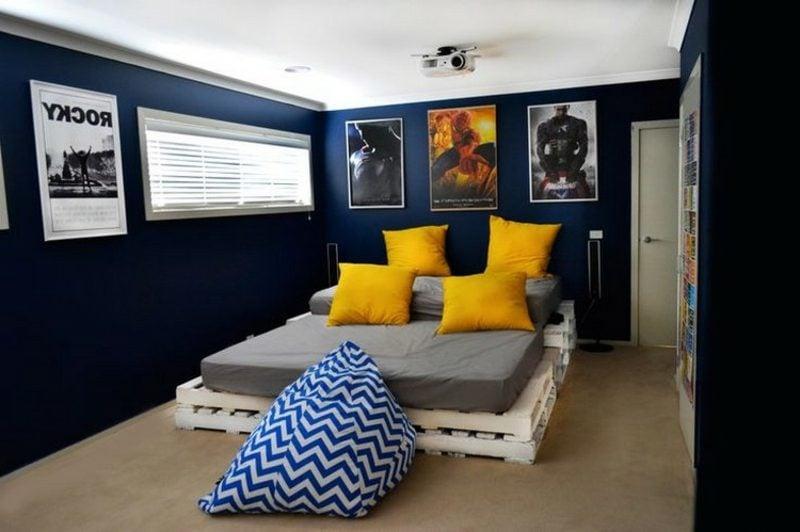 Europaletten Bett modern und gross Schlafzimmer