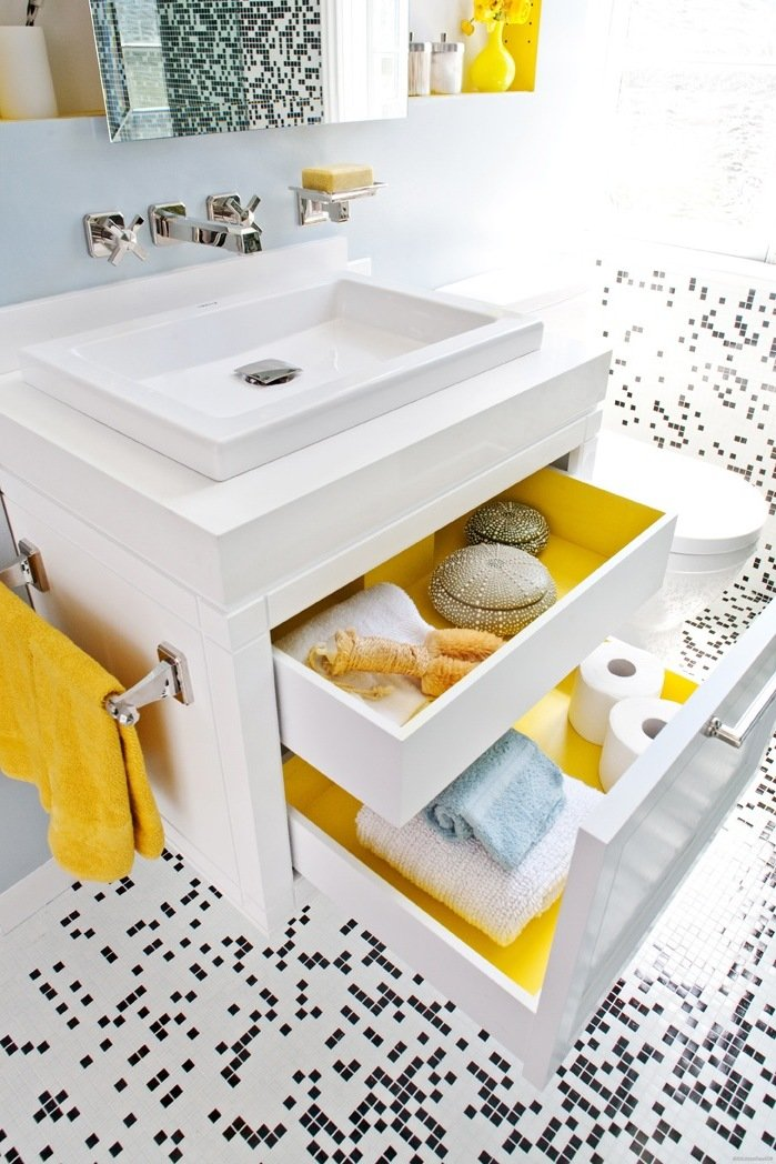 modernes bad ideen regal weiß schubladen holz badezimmer einrichten badaccessoires