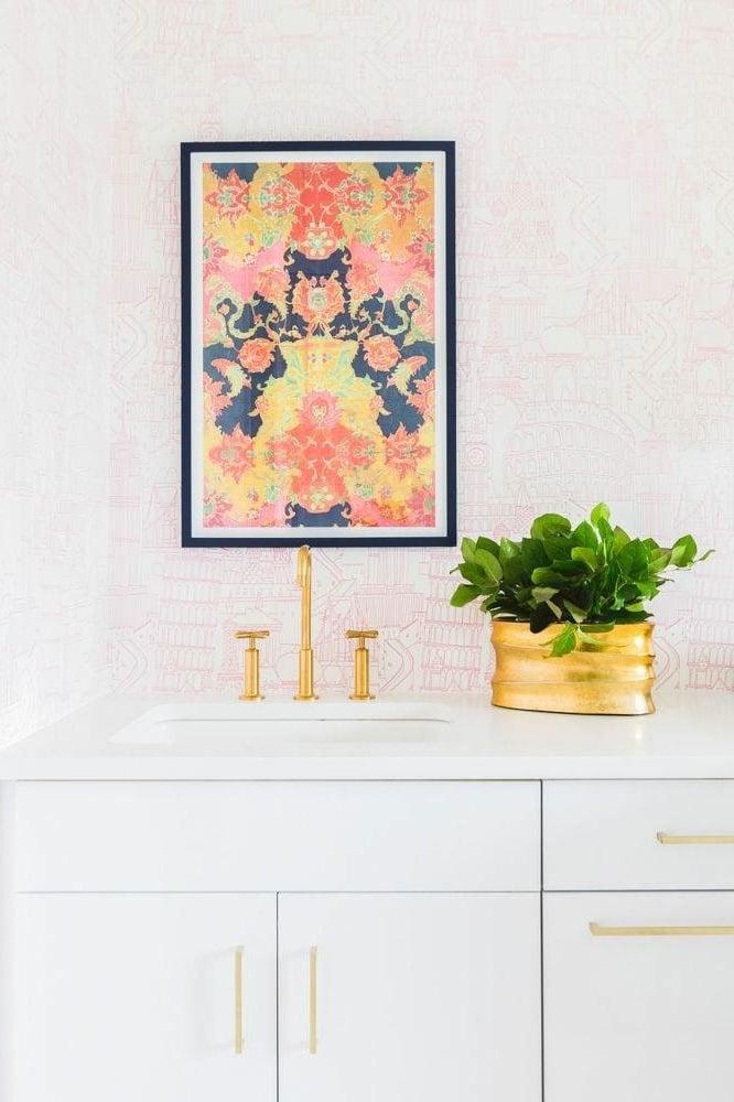 modernes badezimmer einrichten deko ideen schönes bad ideen blumen bilder wandgestaltung waschtisch