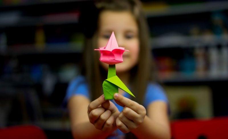 Origami Blumen basteln mit Kindern