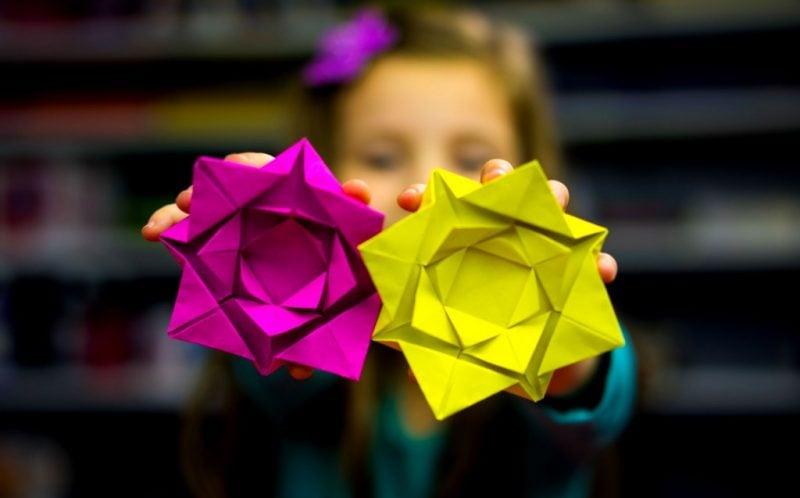 53 anleitungen f r origami blume so werden sie einzigartige blumen basteln deko feiern. Black Bedroom Furniture Sets. Home Design Ideas