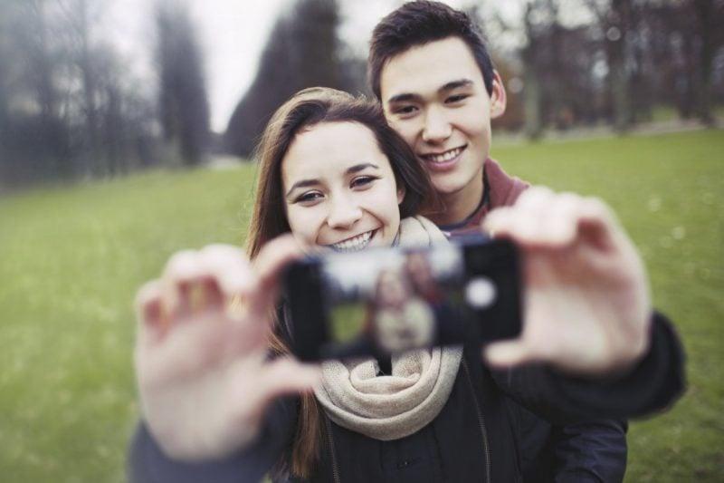 Fotografieren Sie sich mit Ihrem Partner!
