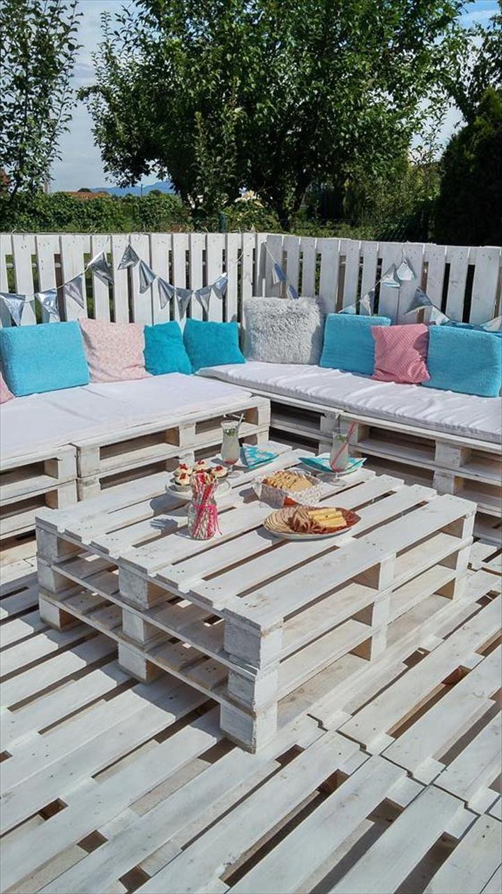 palettenmöbel gartenmöbel aus paletten selber bauen weiß bastelideen tisch aus paletten couch aus paletten