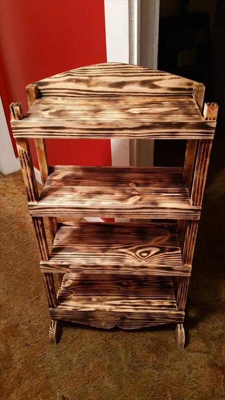 regal aus paletten palettenmöbel selber bauen