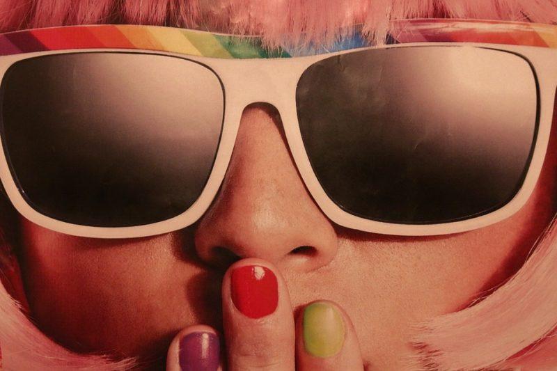 retro kostüm sonnenbrillen coole accessoires karneval kostüm ideen