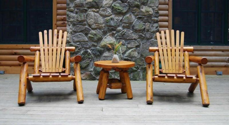 rustikale gartenmöbel design holz stuhl tisch ideen garteneinrichtung