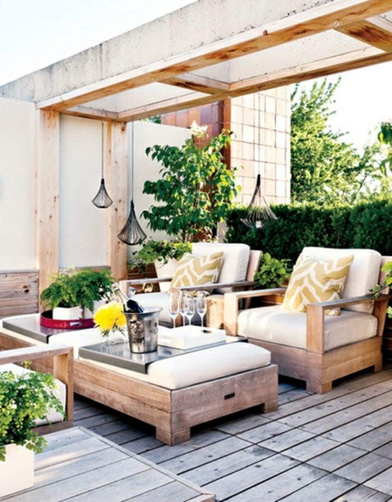 rustikale gartenmöbel sitzgruppe tisch sofa outdoor möbel rustikal ideen gartengestaltung