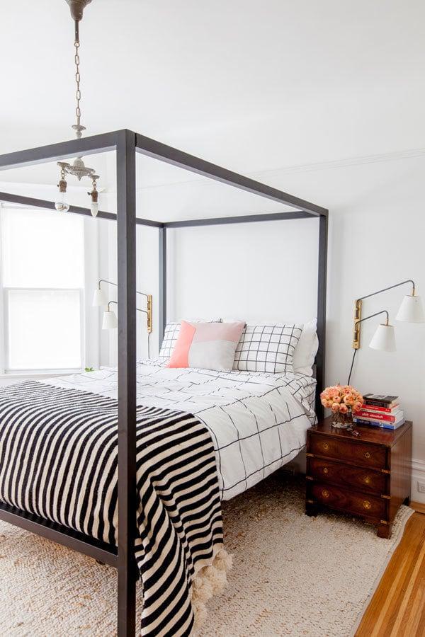 schlafzimmer dekoideen bett nachttisch kissen wohnung dekorieren