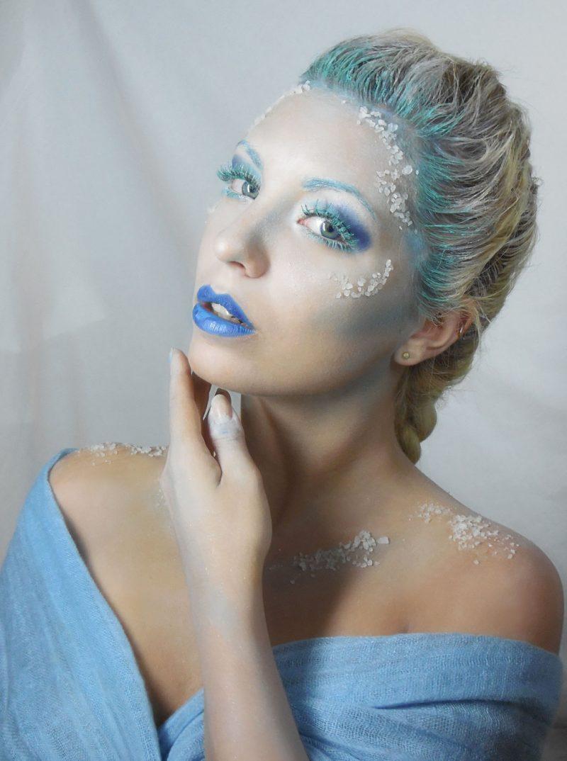 schneekönigin karneval kostüm schminkе weiß blau verkleidung ideen