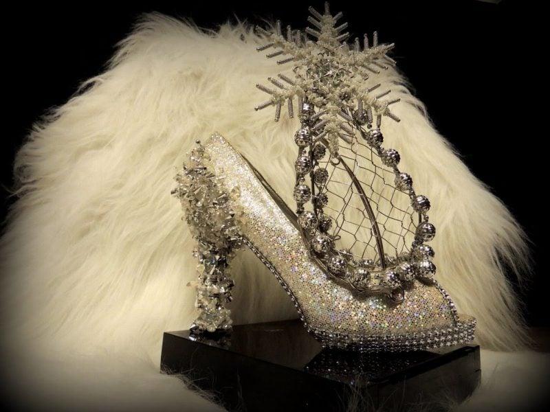 schneekönigin kostüm coole accessoires schuhe schal silber weiß