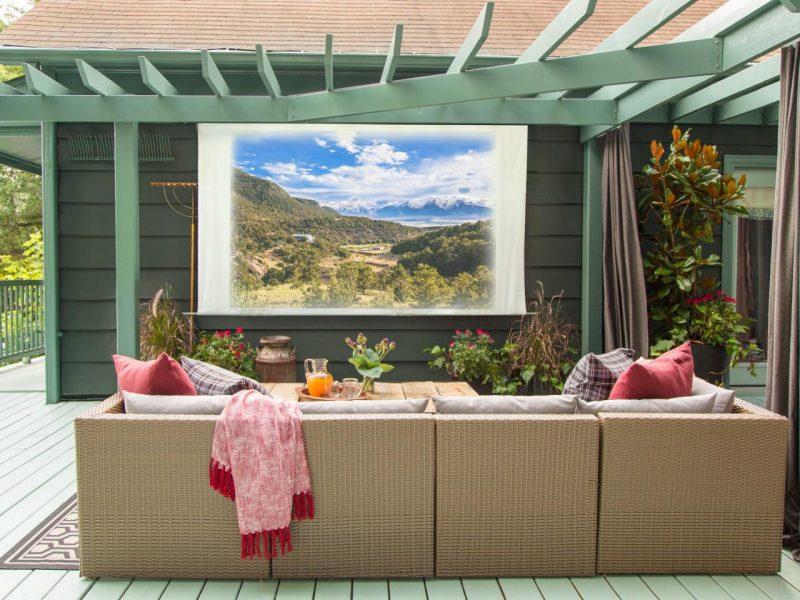 Bringen Sie das Heimkino in Ihrem eigenen Garten!