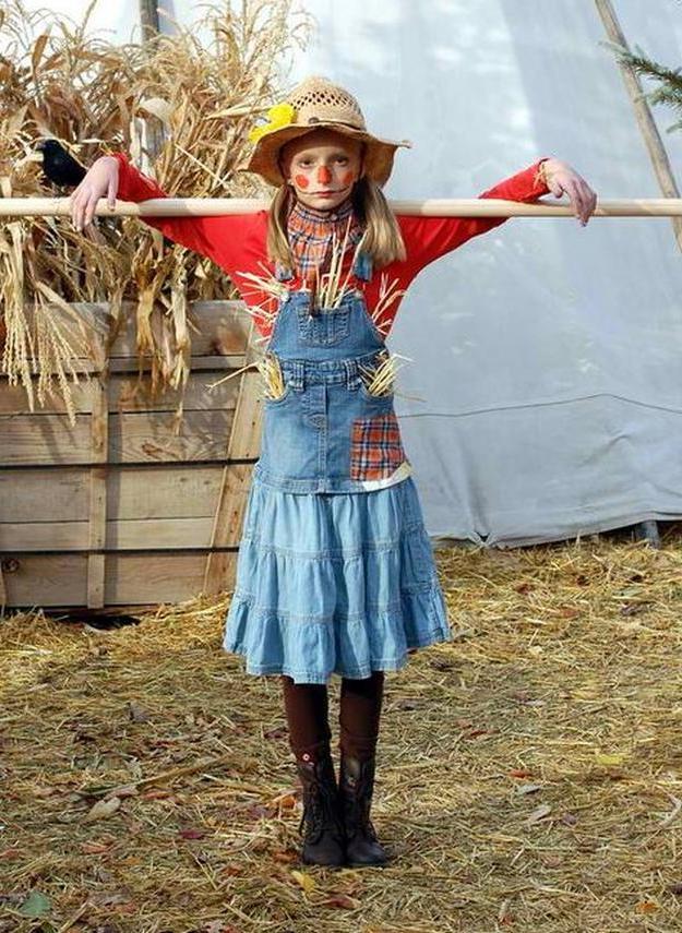 strohmann einfaches kostüm karneval selber machen mädchen coole faschingsverkleidungen