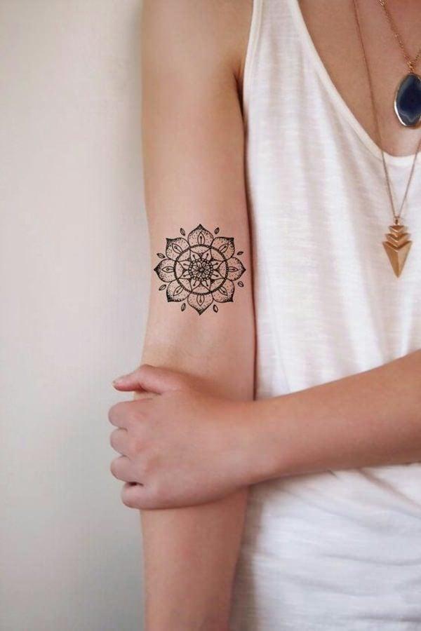 tattoo ideen frauen kleine tattoos frauen deko elemente