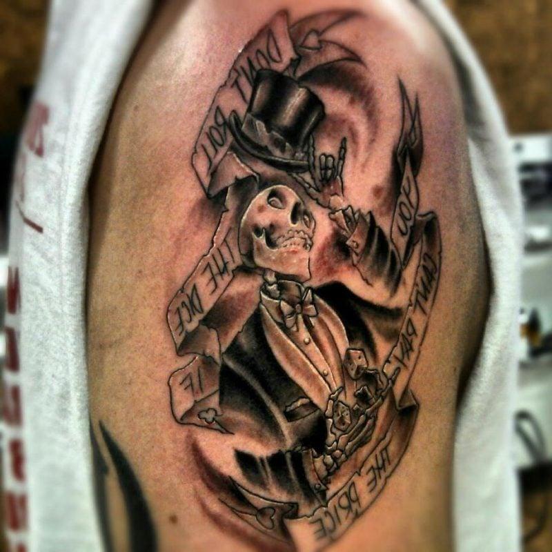 tattoo ideen totentanz totenkopf schwarz tattoos männer