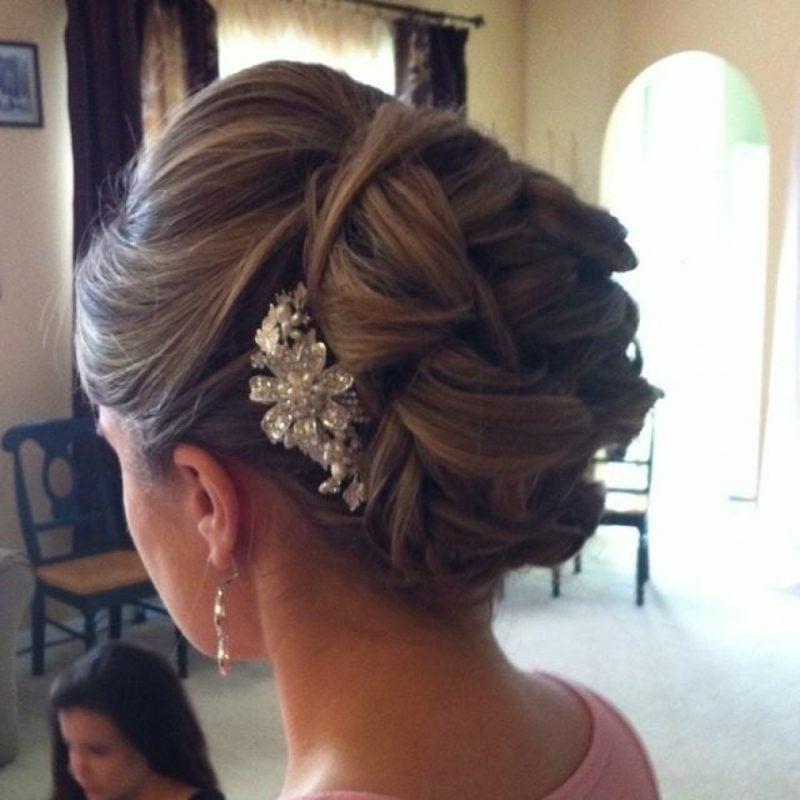 Brautjungfern Frisuren hochgesteckte Haare Dutt Haarschmuck