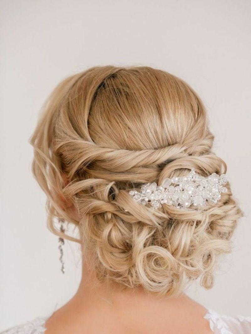 Brautjungfern Frisuren Hochsteckfrisur Locken Haarschmuck herrlicher Look