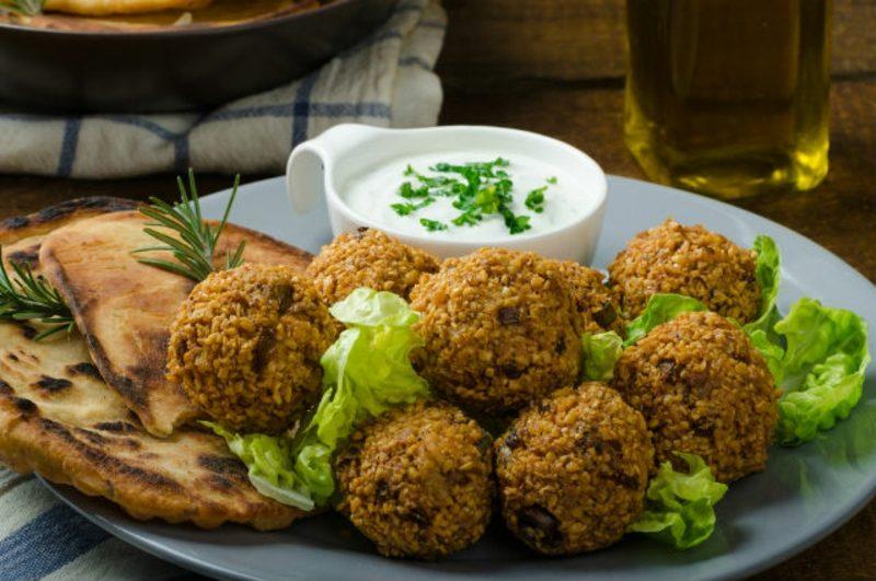 Falafel Rezept mit Tahini-Sosse