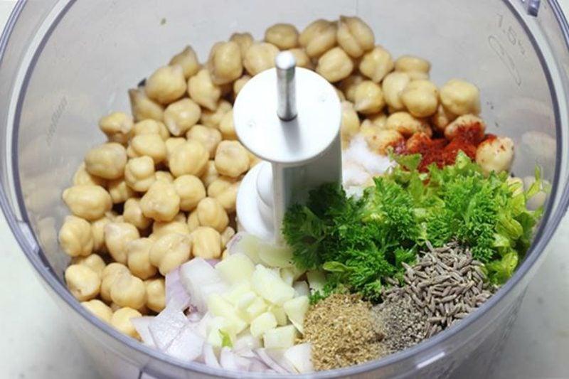 Falafel Rezept die notwendigen Zutaten zehmahlen