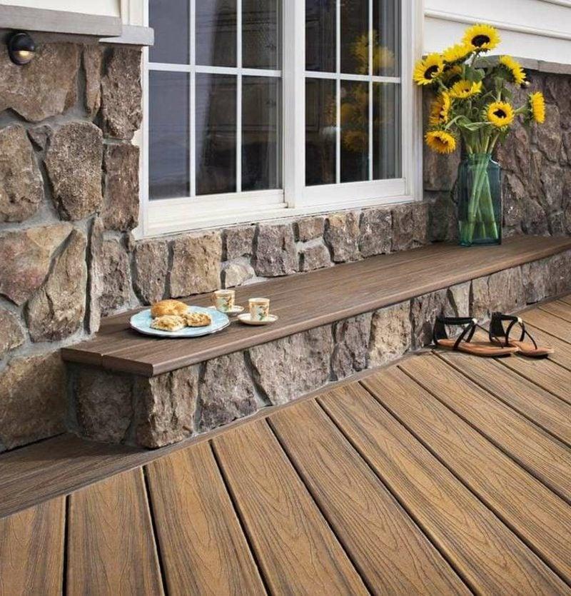 Gartenbank aus Holz und Stein moderner Look