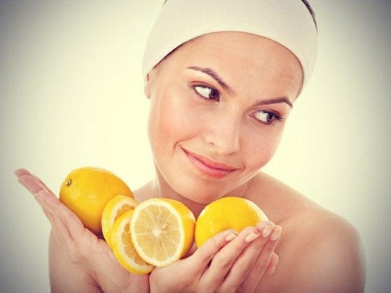 Gesichtsmasken selber machen Maske mit Zitrone und Quark