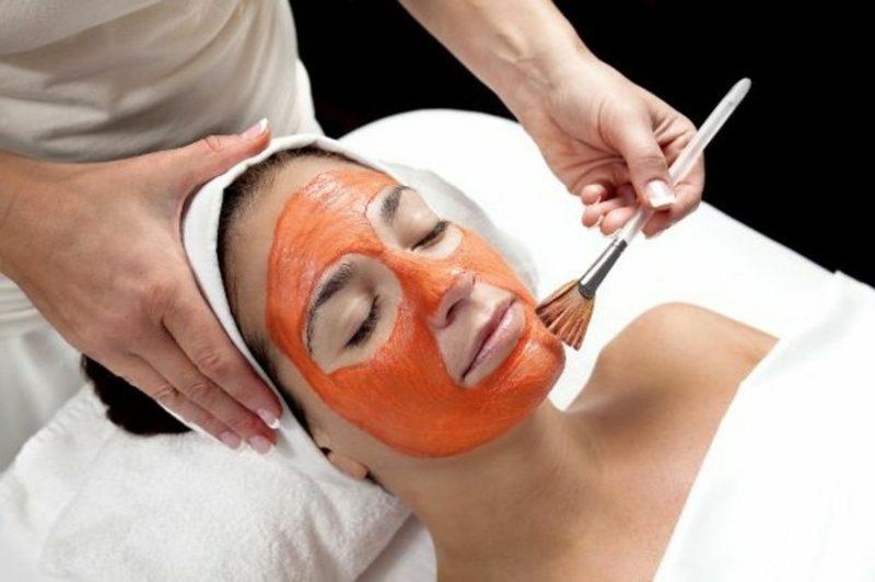 Gesichtsmaske selber machen Karotten-Maske gegen falten