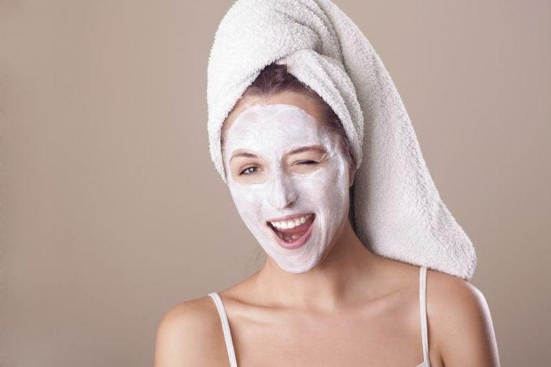 Gesichtsmaske selber machen Rezept mit Quark Mischhaut
