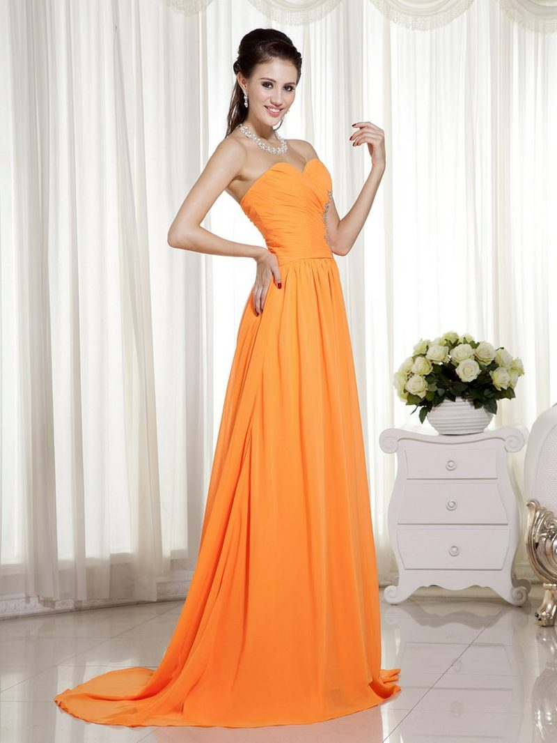 Brautkleid untraditionell Apricot Farbe grelle Nuance