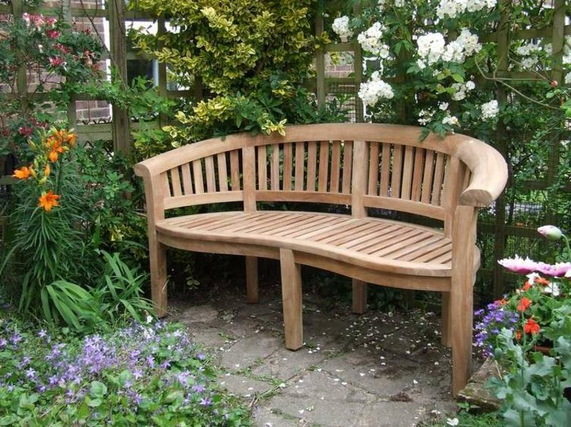 Gartenbank aus Holz halbrung herrlicher Look