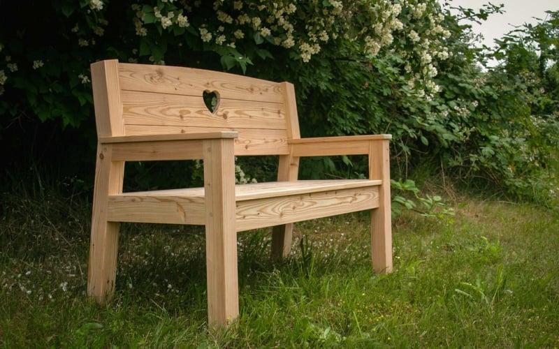 22 Tolle Design Ideen Fur Eine Gartenbank Aus Holz
