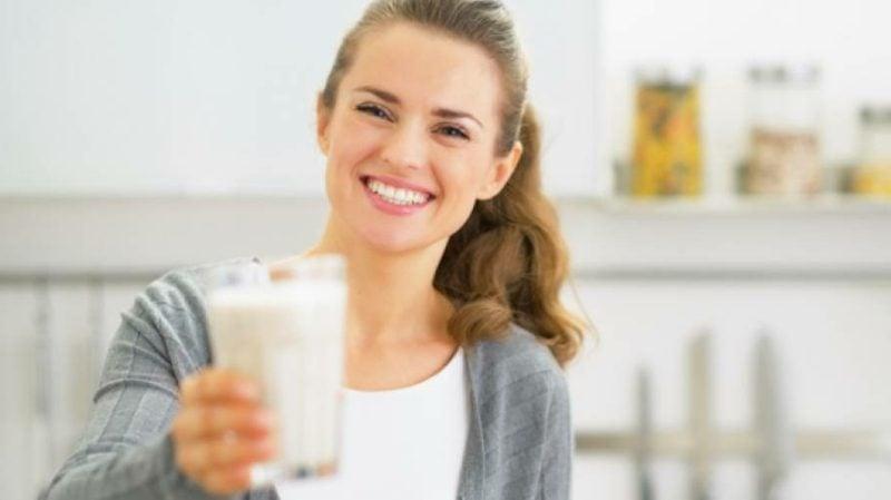 low carb Lebensmittel Milch trinken