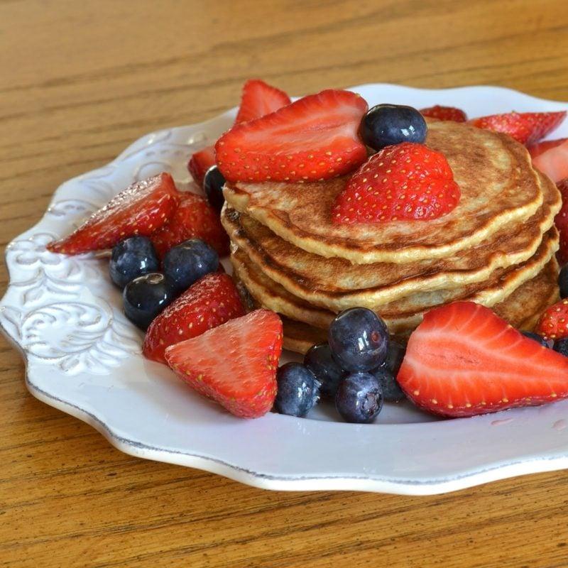 Pfannkuchen Rezept ohne Milch gesund frisches Obst