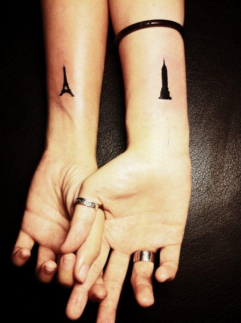 kleine Tattoos Motive Unterarm Eiffeltower und Empire state Building