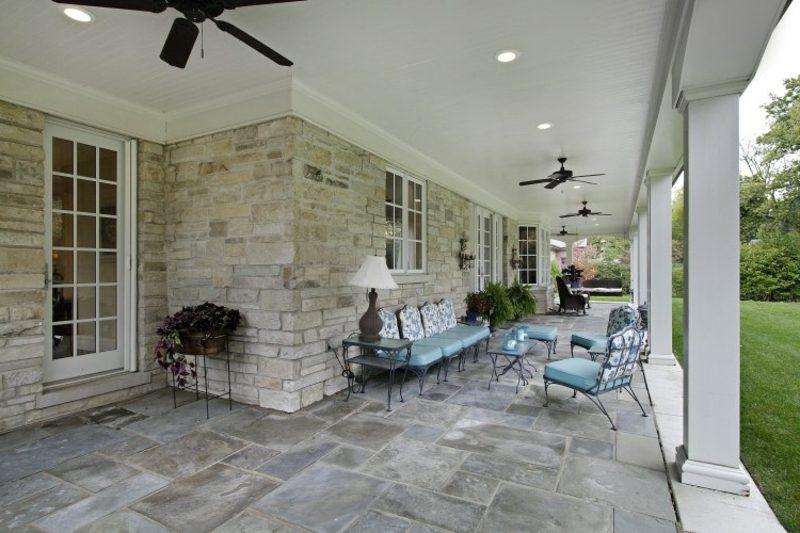 Terrassengestaltung stilvoll elegante Möbel aus Schmiedstahl