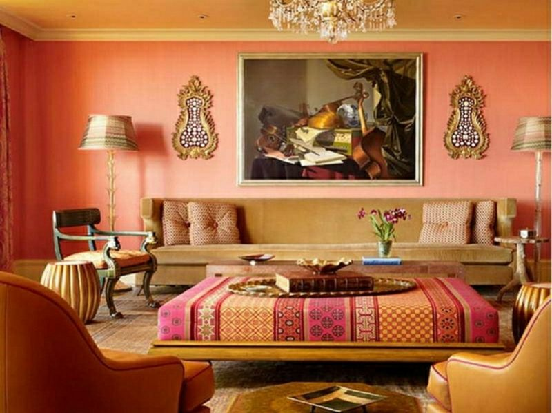 Wohnzimmer gestalten marokkanischer Stil Ottomanen gepolterter Couchtisch