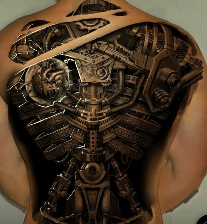 biomechanische tattoos mann