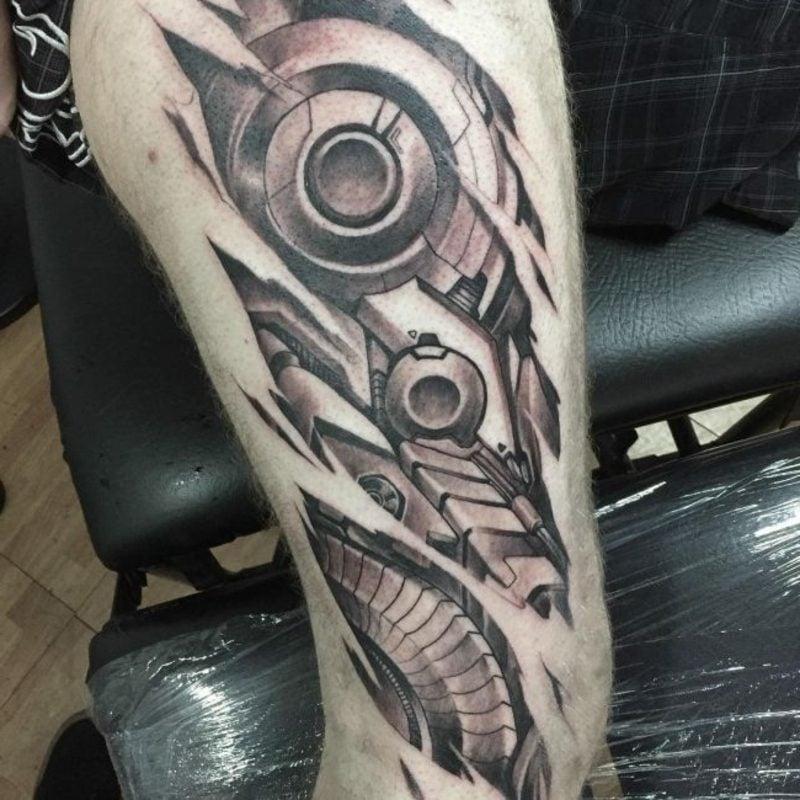 biomechanische tattoos