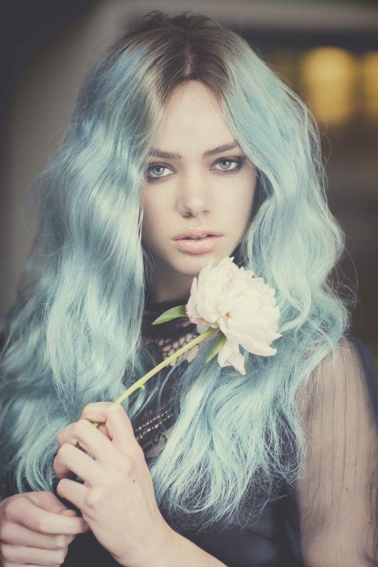 blaue haare haarfarben blau trend haarfarbe