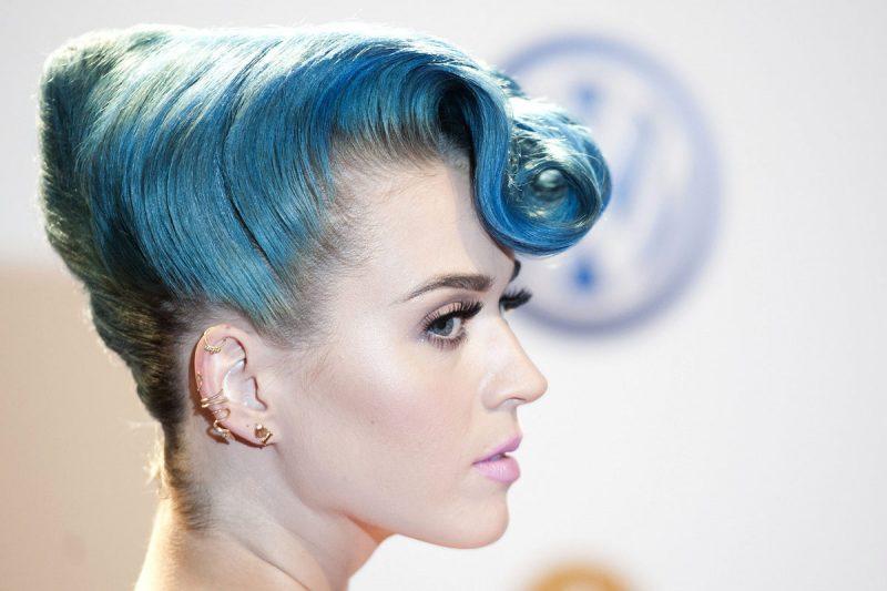 blaue haare haarfarben blau trend haarfarbe stars katy perry