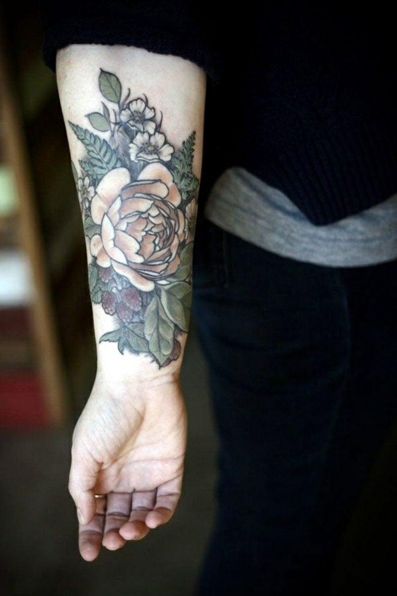 Realistische Gestaltung einer Rose in der Hand
