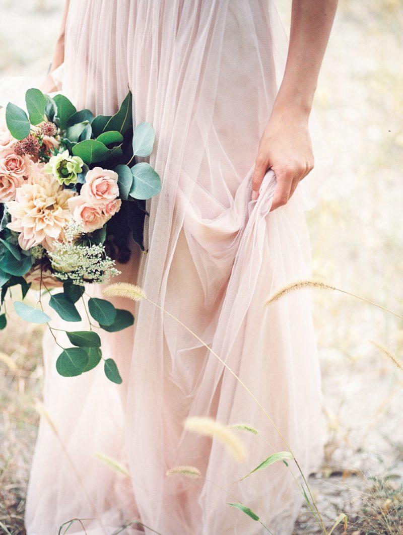 Tipps zu Auswahl der Farbe des Brautkleids