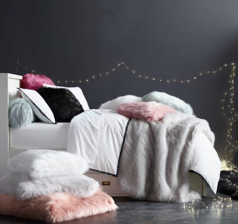 einrichtungsideen fell schlafzimmer gestalten wohnideen kissen bett