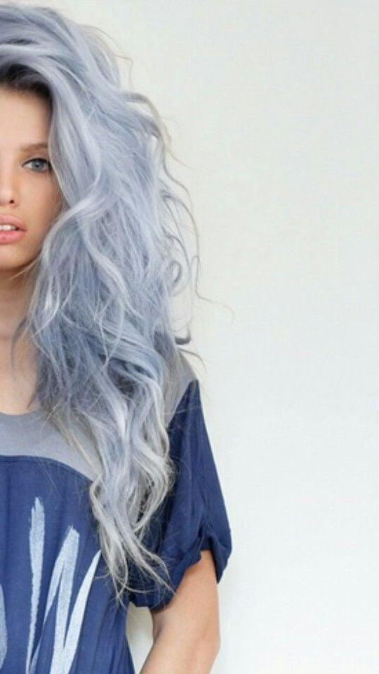 blaue haare haarfarben blau trend haarfarbe eisblau frauen haar